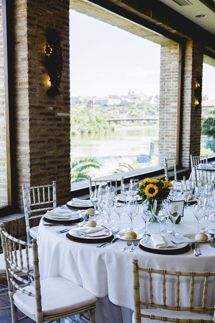 La mejor manera de disfrutar del banquete nupcial, ¡con unas fantásticas vistas panorámicas! #CigarralÁngel  @click_10