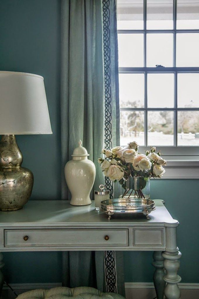 House of Turquoise: HGTV Dream Home 2015 Table scape with lamp, vase and flowers