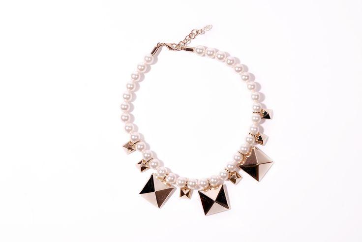 Valentino Garavani necklace available on tessabit.com