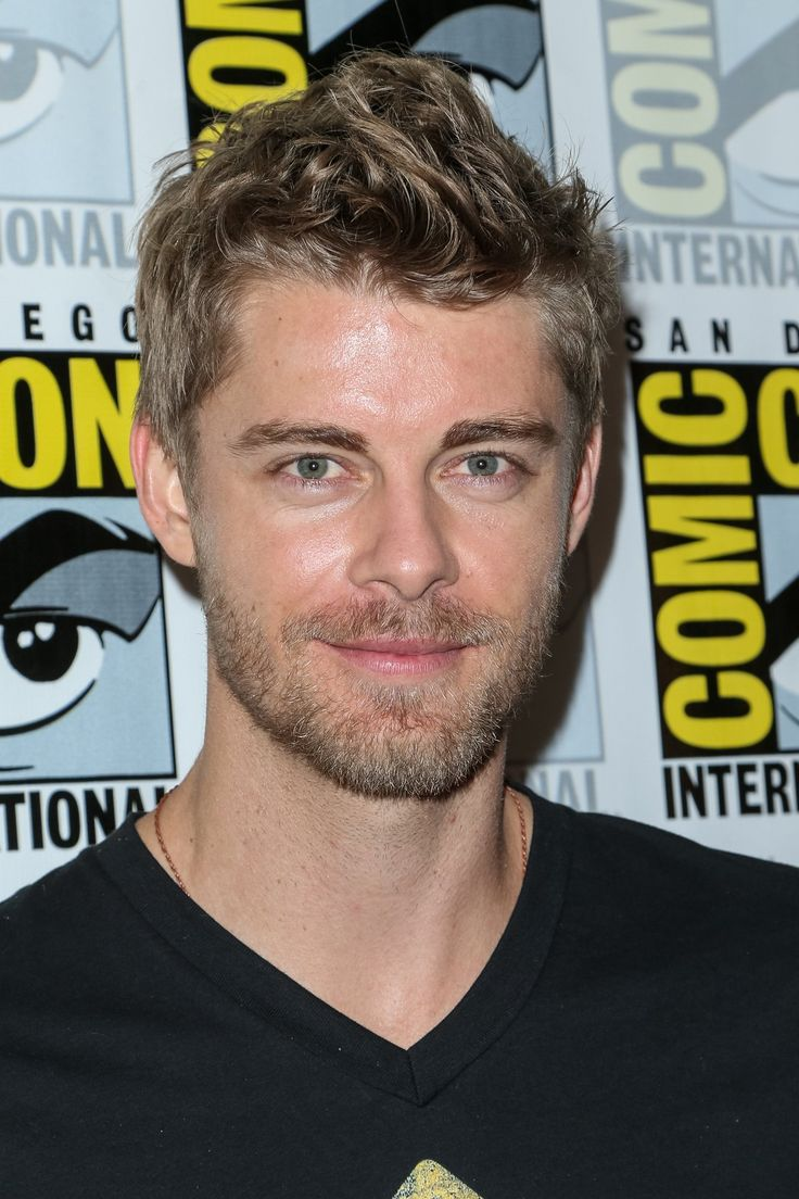 Last additions - 004 - Luke Mitchell Fan | Your source for Luke Mitchell pictures!