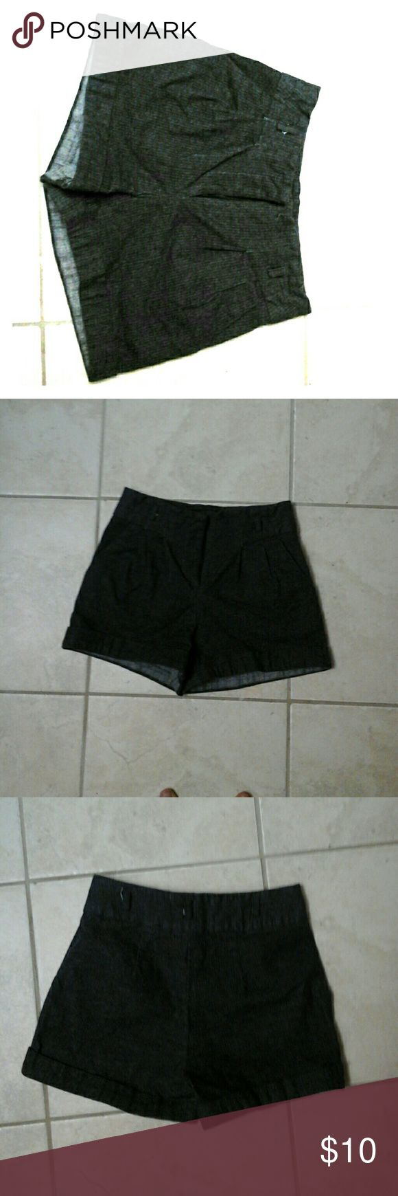 Dark Gray forever 21 shorts XS textured dark Gray shorts with slight detail on front Forever 21 Shorts