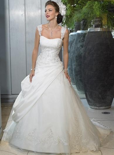 best wedding dresses (thanks @Tonetteazc )