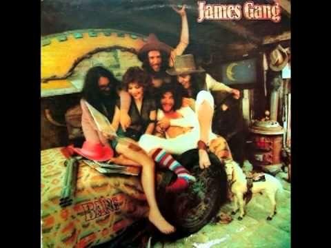 Suce James gang bang couple....who she?