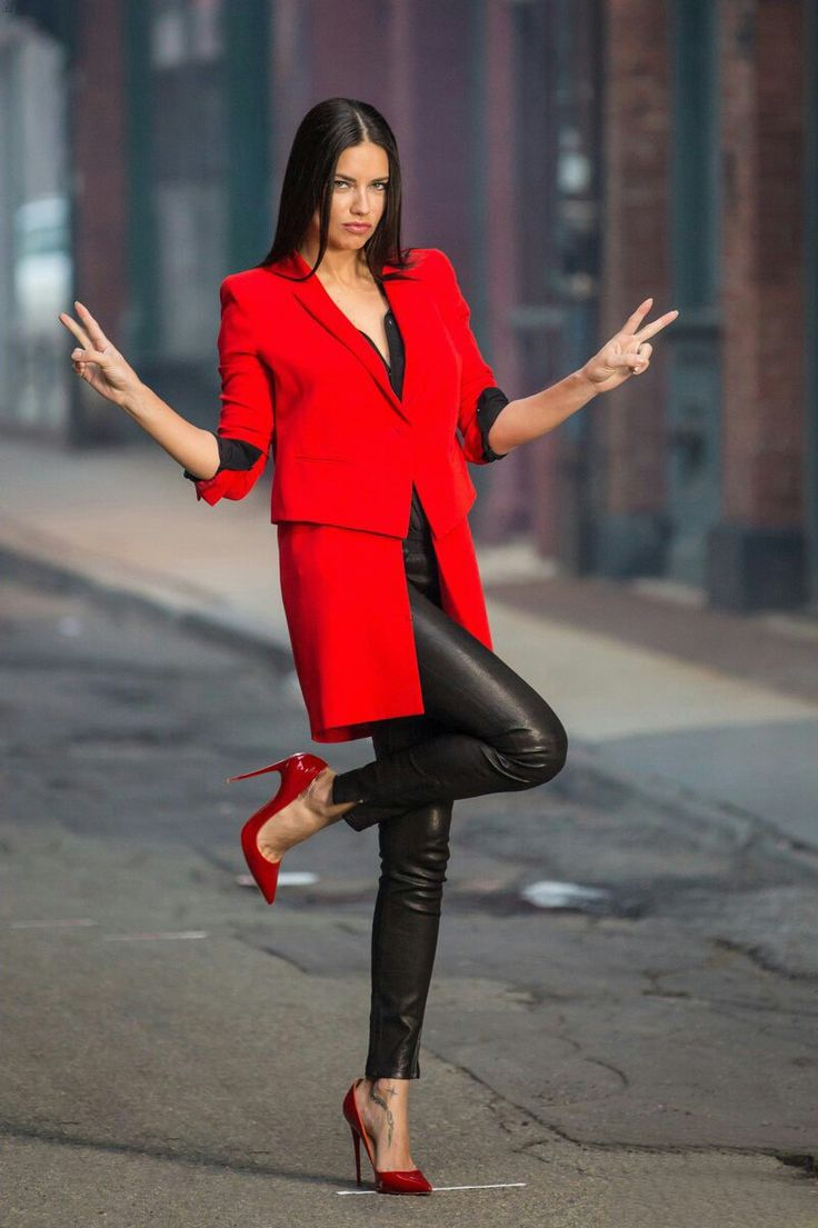 Adriana Lima Street Style December 2017