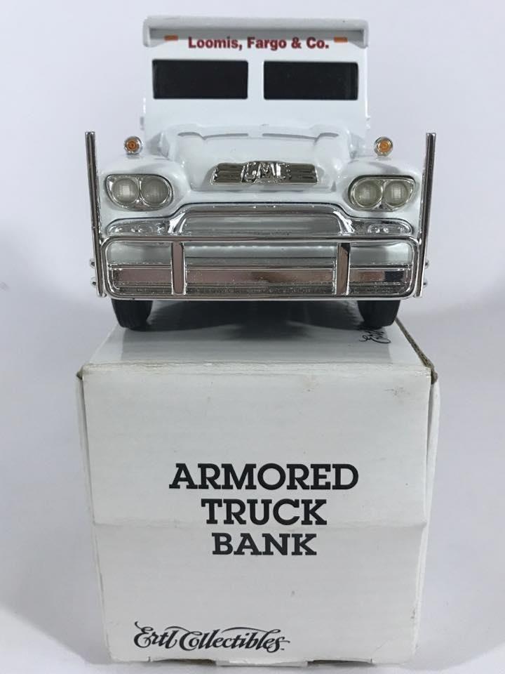1959 GMC Armored Truck Bank 19503 Loomis Fargo ERTL Collectibles White #Ertl