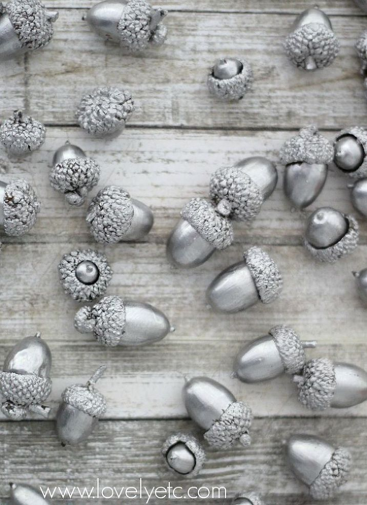 Silvery Acorns - Acorns are a fall staple but I really wanted to make them into something really special this year. A little liquid silver leaf and they are bea…