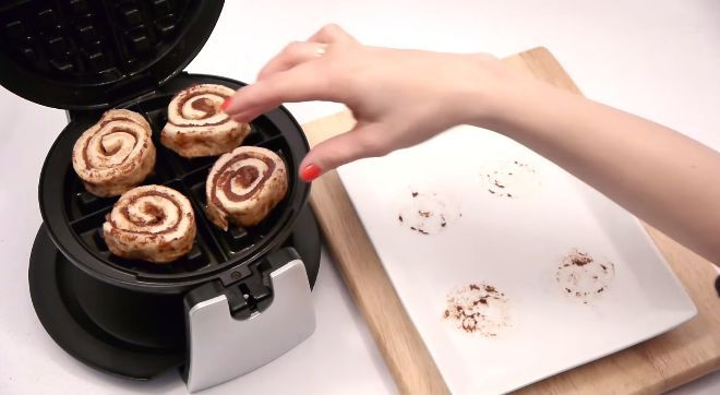 7 Ways To Use Your Waffle Iron For Foods Other Than Waffles | SF Globe