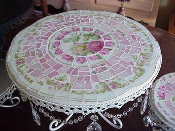 Réaliser une table magnifique avec de la porcelaine brisée? Par ici… – L'Humanosphère
