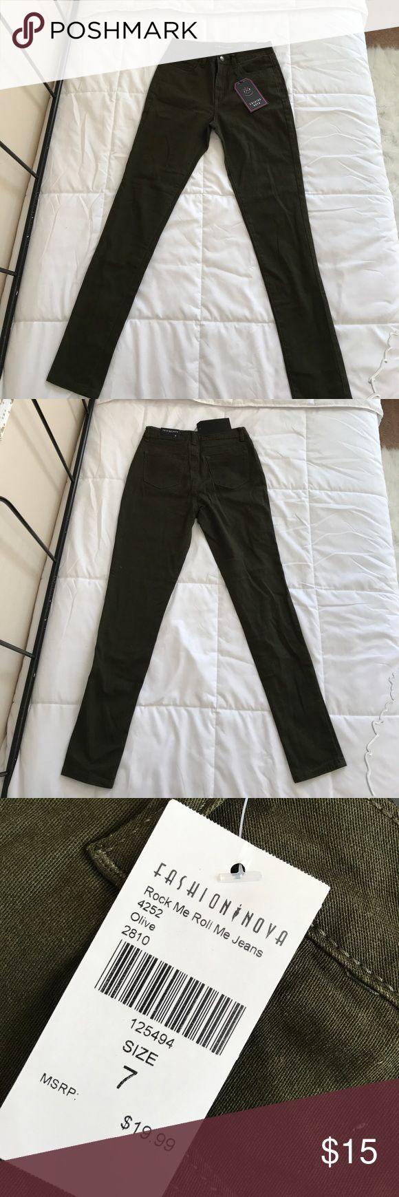"FASHION NOVA JEANS Fashion Nova ""Rock Me Roll Me Jeans"". Never worn before. Received wrong size, but never sent them back. Brand new with tags! Fashion Nova Jeans Skinny"