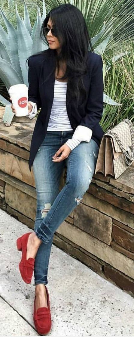 Style for over 35. Love these red shoes. Cute way to add a pop of color to an outfit!