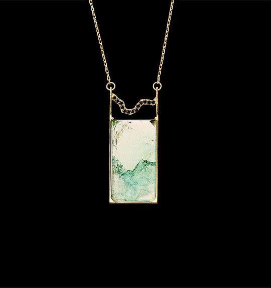 Bahía   Collar con turmalina diamantes negros y oro 18k - Necklace with tourmaline, black diamonds and 18k gold #StudioJewelry #DesignerJewelry #ArtJewellery #Jewelry #Exclusive #Art #HighJewellery #Luxury