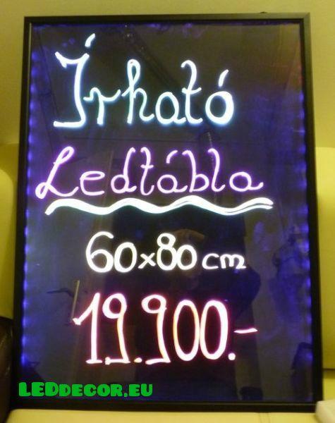 Cseréld le a krétás táblát! Itt a változtatható színű LED tábla! Többféle színű filcek melyek többféle színben világítanak a táblán! Katt a linkre: http://leddecor.eu/LED-irotabla-30x40cm-40x60cm-60x80cm-meretben-feke
