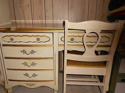 Beautiful vintage french provincial complete girls bedroom for French provincial bedroom furniture