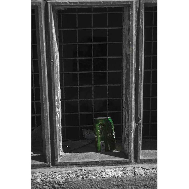 Estrella Levante abandonada #photography #photooftheday #beer #cerveza