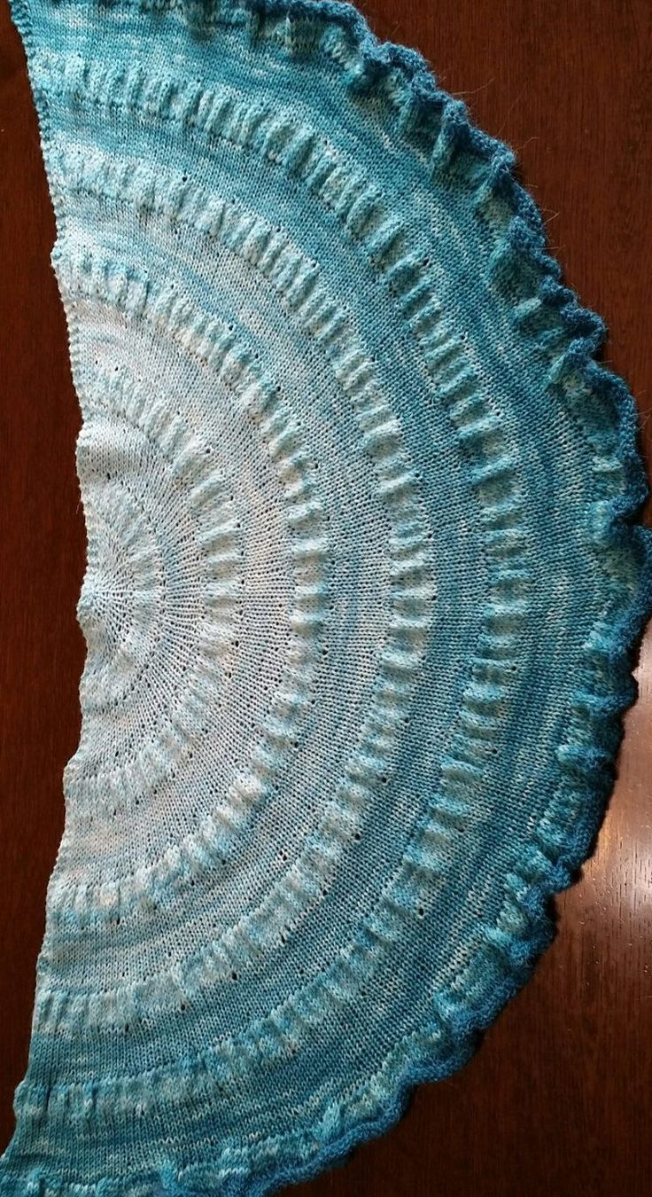 Knitting And Crocheting Images : Easy shawl knitting patterns