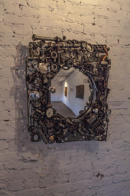 Recycled Mirrors – Elementary Particles