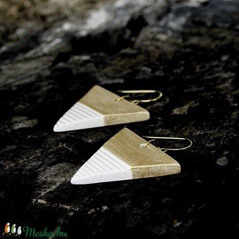 Arany háromszög BRékszer fülbevaló (Beckri) - Meska.hu