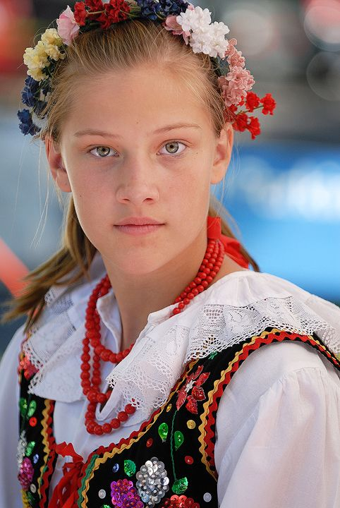 Polish Girl in traditional costume ~ I wore one very much like this when I was about 8 years old to join my Godmother Irene (also dressed traditionally) to march in the Pulaski Day Parade in Garfield, N.J. With immigrant Polish grandparents I was fortunate to experience and learn many wonderful customs. [bmf]