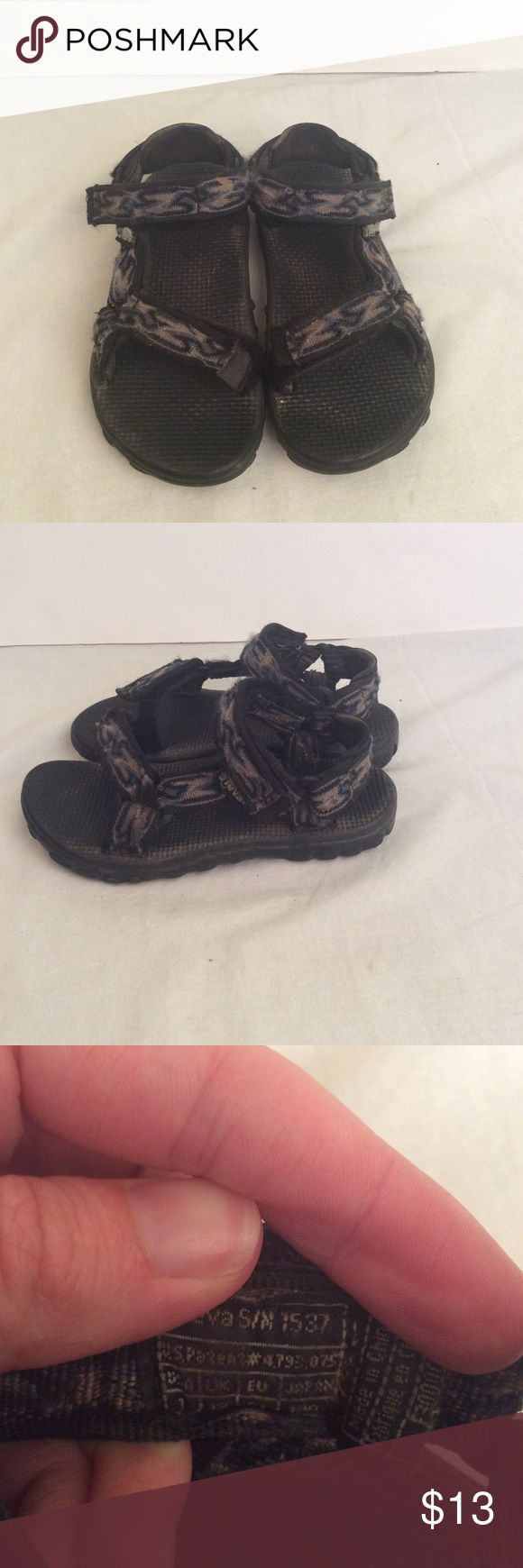 ❄️2 For $6❄️Kids Teva Sandals Kids size 1 Teva Sandals, in good condition, comes from a smoke free home, blue and gray in color. Teva Shoes Sandals & Flip Flops