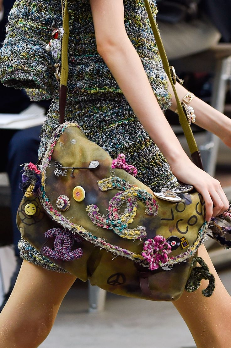 Zoom Shot: Chanel Spring 2015 RTW Paris