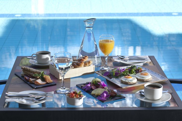 A healthy #breakfast starts the morning right! Enjoy your breakfast at #Lazart #Hotel and head out to explore the historical city of #Thessaloniki!