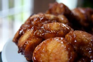 Non-dairy gluten free monkey bread!!! I think I'll be trying this out.