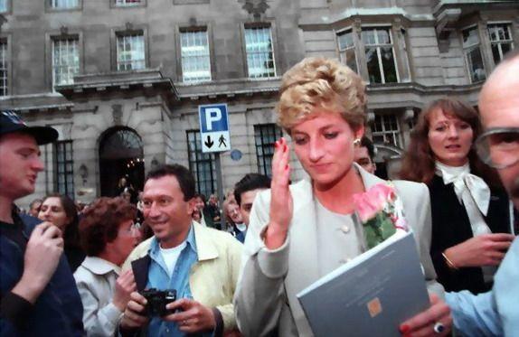 Sept 94-Princess Diana returns to Public Life