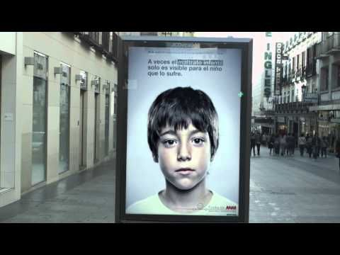 Anar Foundation against child abuse - Hidden message that only short people (children) could see due to the way it was produced.