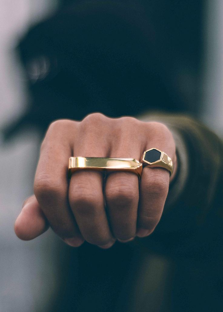 """The Irish word """"treo"""" translates to """"direction"""" in English — a suiting name for this arrow-shaped double-finger ring. Our most refined double yet, the Treo contours around your fingers for added comfo"""