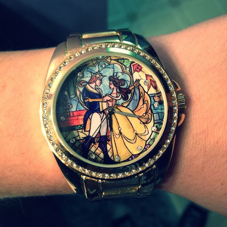 my new favorite thing in the entire world! I have to find this watch!