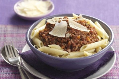Cheap family meals: Recipes under £1 per head - Pasta with veggie Bolognese - goodtoknow