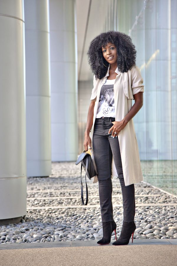 ecstasymodels:  Trench Coat of + Graphic Tee shirt + Ripped Jeans  Style Pantry