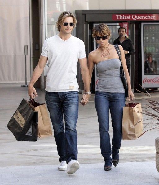 Halle Berry And Gabriel Aubry Out At The Mall 2