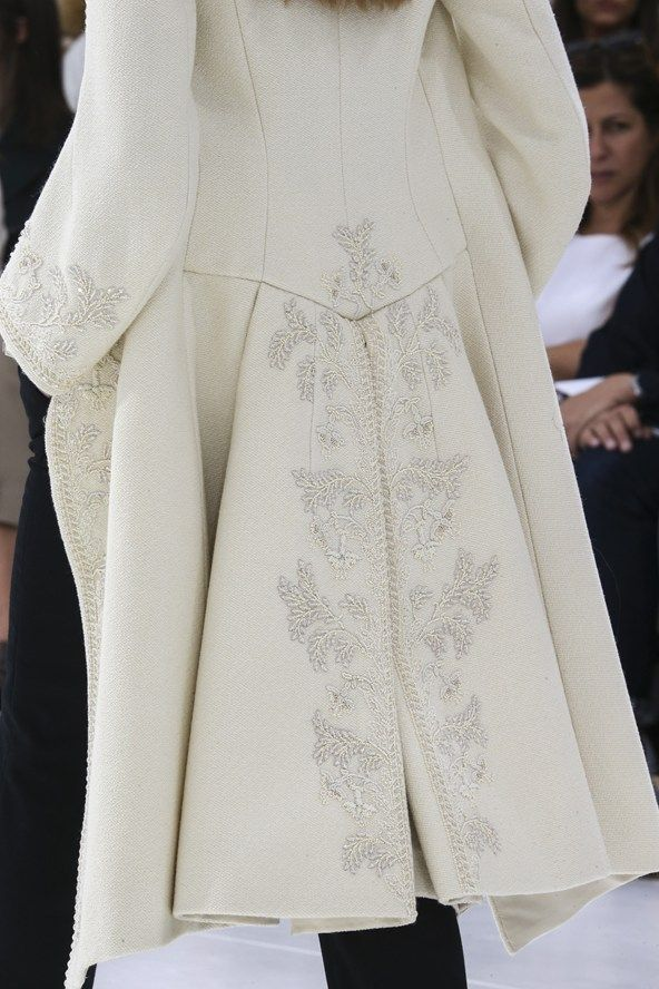 DIOR HAUTE COUTURE FALL/WINTER 2014-15 Detail