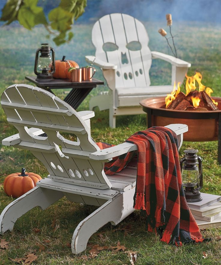 The most wickedly cool front-row seat for all the Fright Night festivities belongs to you when you settle into our exclusive Skull Adirondack Chair.