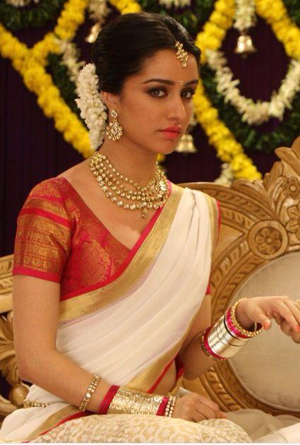 Shraddha Kapoor. ...........