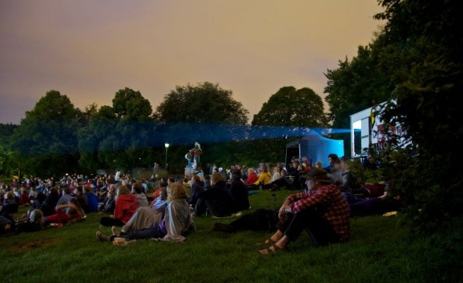 August - Free outdoor cinema in the park of St.hanshaugen