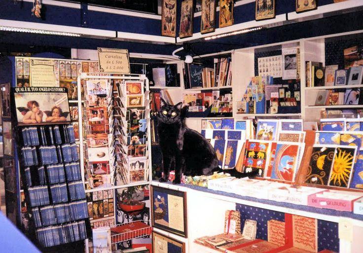 Michele - Libreria Isola del Sole, via Antonio Pollaiuolo 5 Milano - Anno 2004
