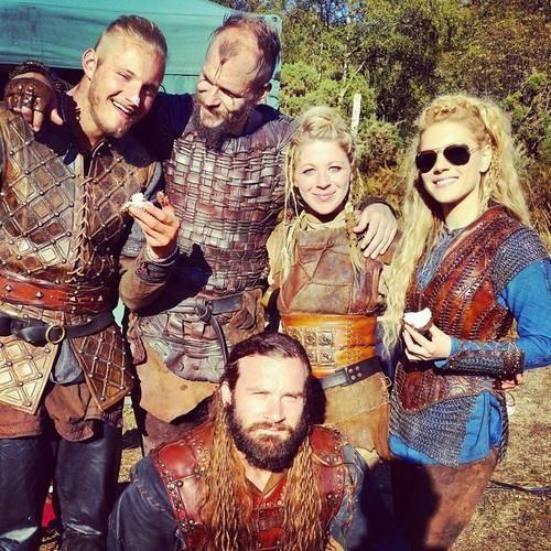 Vikings - Bjorn, Floki, random, Lagertha & Rollo