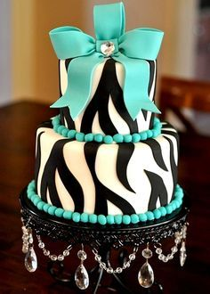 Blue Obsession - I know a certain almost 14 year old who would die for this cake :D