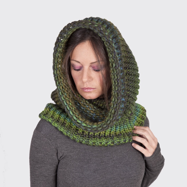 Cuello Capucha de lana Tejido a Mano