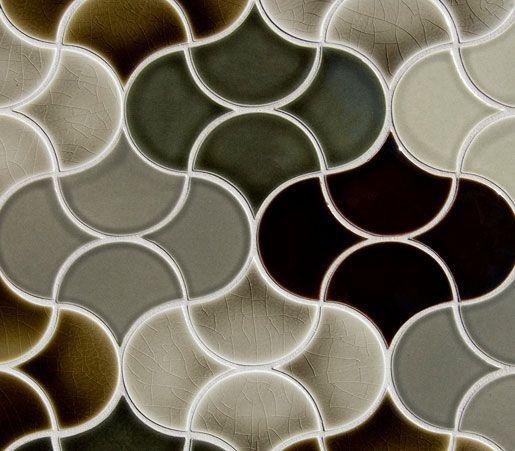 Pratt & Larson Small Fan Glazed Ceramic Tile
