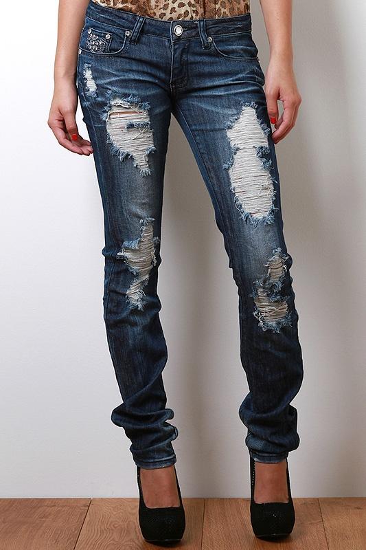 Royalty Resort Jeans: Royalty Resorts, A Mini-Saia Jeans,  Blue Jeans, Resorts Jeans,  Denim, Jeans Features