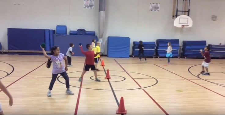 Students can practice overhand throwing skills with this PE activity called Spot On