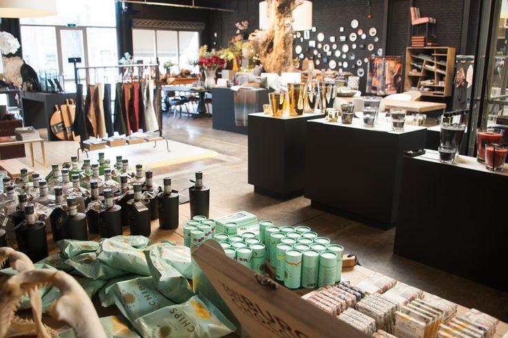 Winkelier in het zonnetje: Vorspaget Home in Eindhoven Als je op zoek bent naar unieke meubelen en accessoires.....  http://www.bommelsconserven.nl/verkooppunten_bommels_conserven/decoratie_en_woonaccessoires_winkel_vorspaget_home_.html