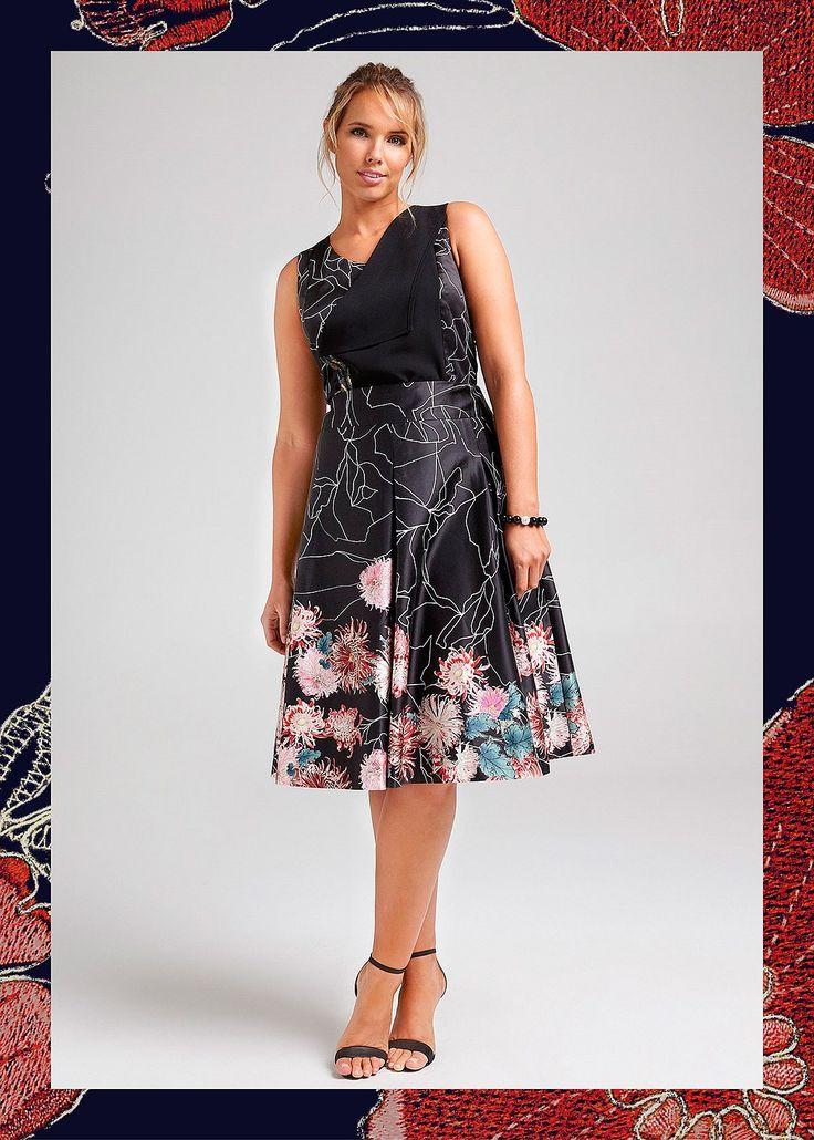 Floret Noir Skirt #takingshape #plussize #curvy #eventwear #event #specialevent