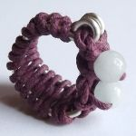 ,,Stitches'' ring