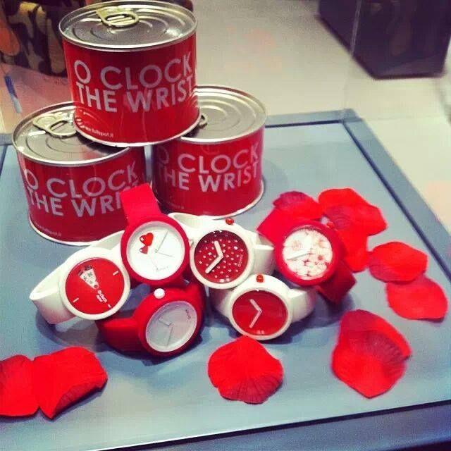 Bientôt la saint valentin...alors il est tant de penser à faire plaisir à votre amour...<3 <3 <3 ! xoxo #obag #itbag #oclock #love #fullspotbiarritz #letempsdaimer