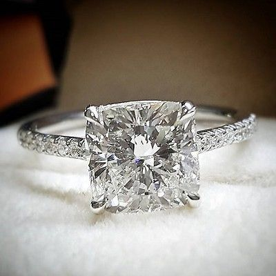 Gorgeous 1.60 Ct. Cushion Cut Diamond Engagement Ring Set G, VS2 GIA