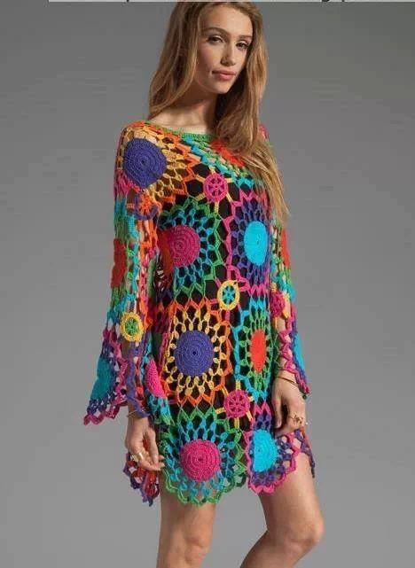 Vestido crochet colores brillantes ideal para la playa